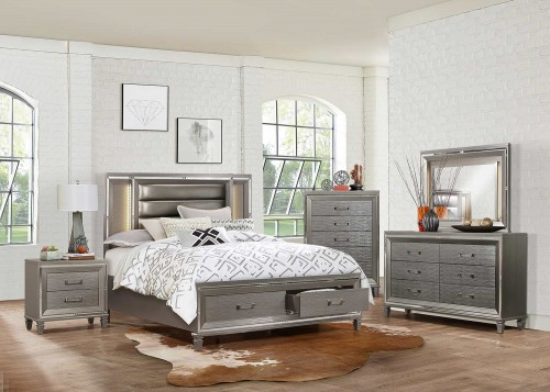Tamsin Bedroom Set - Silver-Gray Metallic
