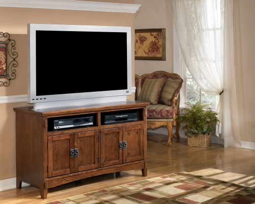 Cross Island Medium TV Stand