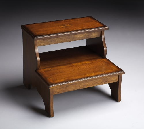 1922101 Olive Ash Burl Step Stool