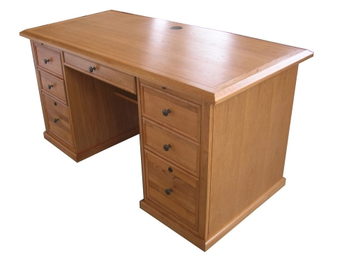 Mallow 60-inch Desk - Harvest Oak
