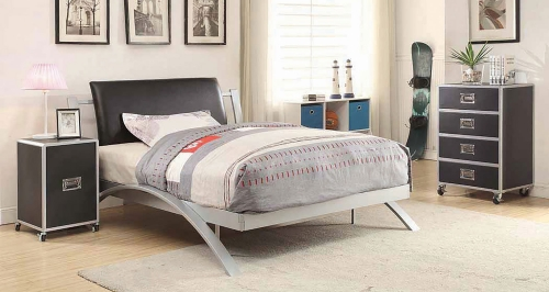 Leclair Bed Set - Silver/Black Leatherette