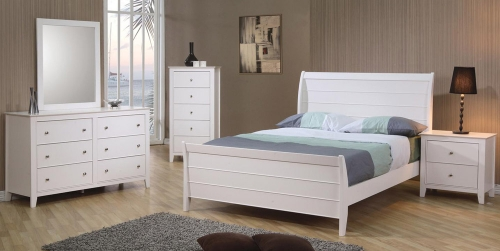 Selena Sleigh Platform Bedroom Set