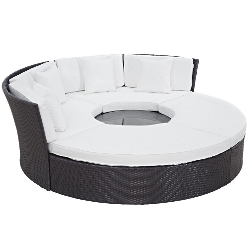 Convene Circular Outdoor Patio Daybed Set - Espresso White