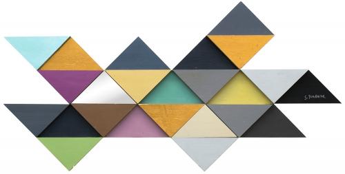 W6287 Tremulous Triangle Wall Decor